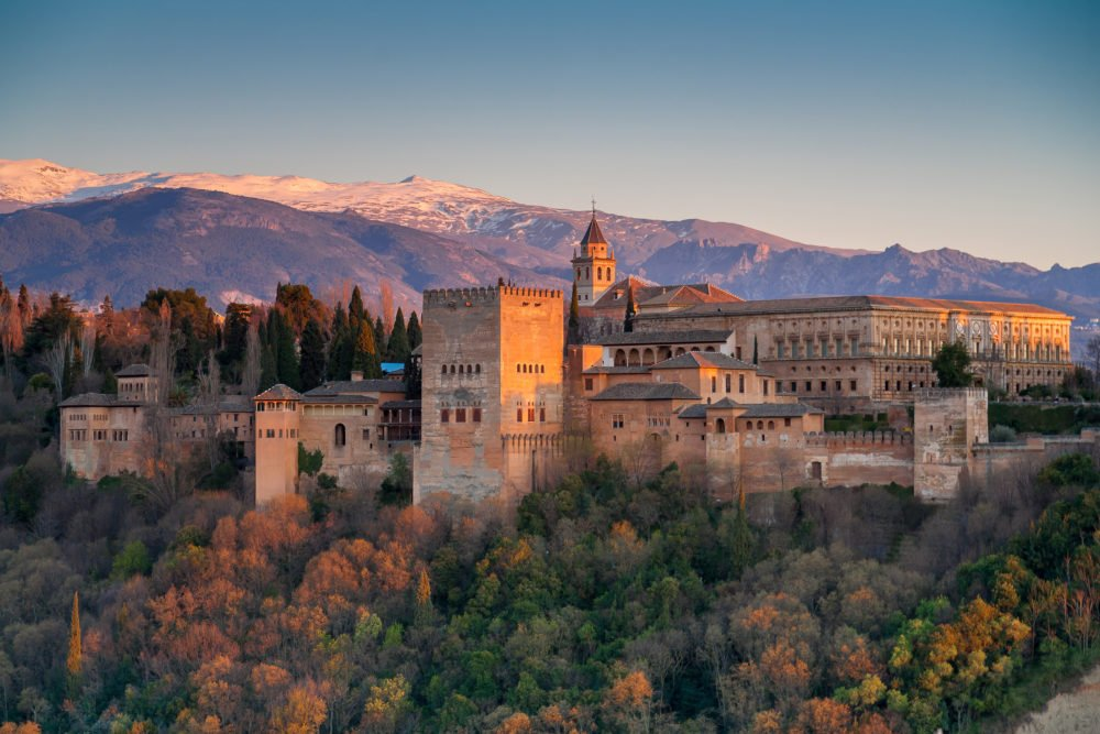 Magic Granada is your next holiday stop