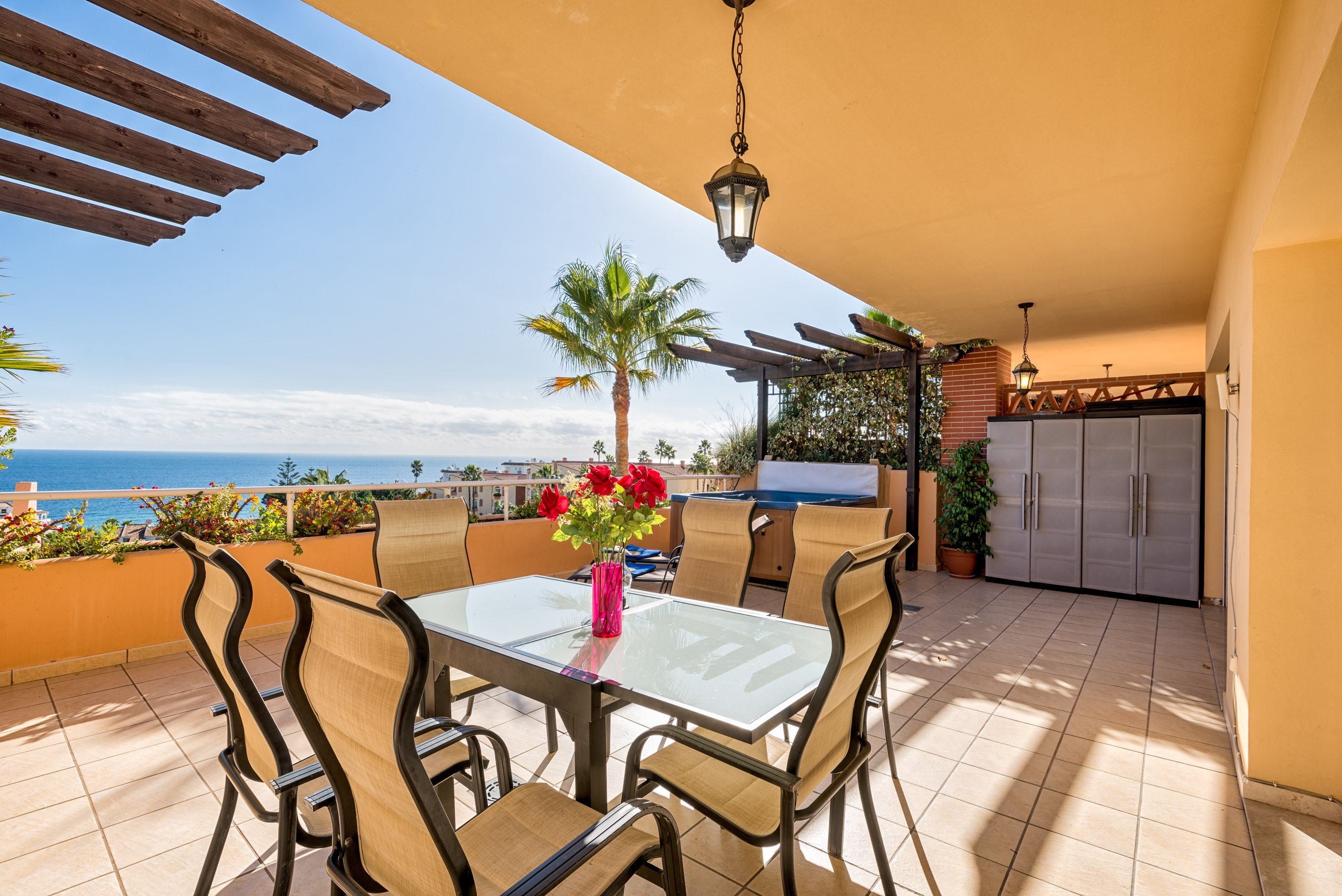 Luxury 2BR Sea View Condo 3 in Malibu Mansions, Heated Pool